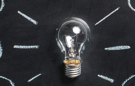Dr. phil. Ideen und Gedanken dargestellt durch eine Glühbirne