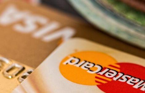 Geschenke online kaufen mit Kreditkarte