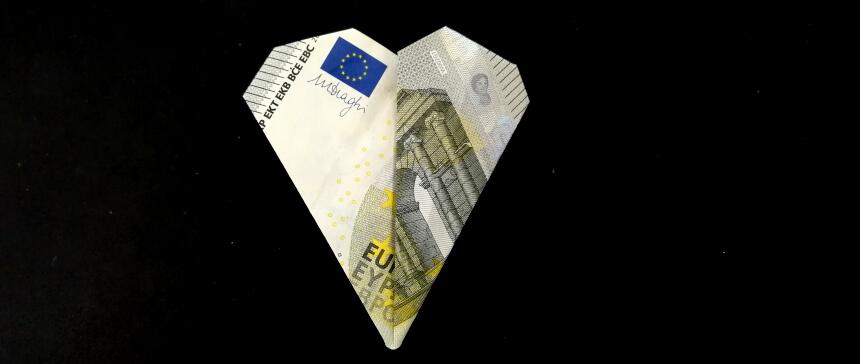 Kleeblatt aus Geldscheinen falten