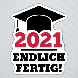 """Aufkleber mit einem Doktorhut und dem Text """"2021 Endlich fertig!""""."""""""